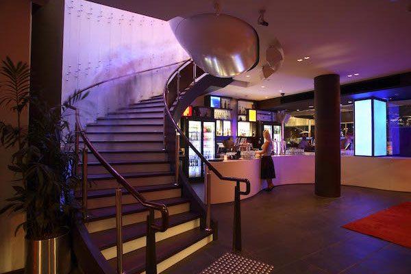 BLVD-bar-restaurant-01