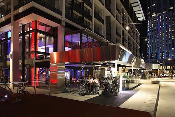 BLVD-bar-restaurant-02